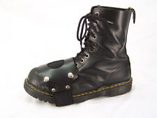 Boot Strap On by Axovus