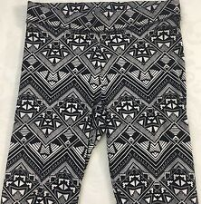 PINK Victoria's Secret Women's Black Cream Abstract Print Leggings Size S Small