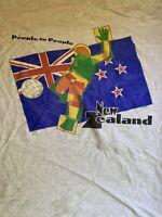 New Zealand Soccer  Graphic T Shirt White  Men's Size Xl Vintage Multi Color