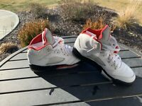 Nike Air Jordan V 5 GS Retro White Fire Red Black Sneakers 440888-100 Size 5Y