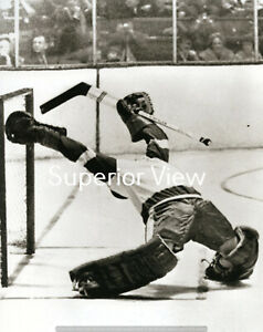 Detroit Red Wings Goalie Roger Crozier Making Incredible Save Bent Backwards WOW