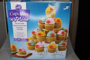 Wilton Cupcakes n more Dessert Cupcake Muffin Stand Holds 23 Cupcakes.