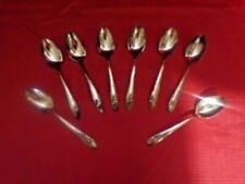 8 Vintage Tudor Plate  Oneida Community QUEEN BESS Teaspoons  Silverware