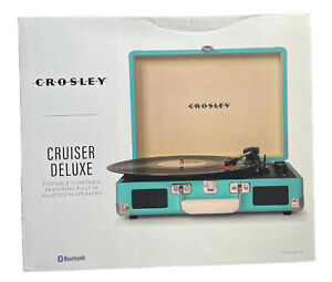 Crosley Cruiser Deluxe Vintage 3-Speed Bluetooth Suitcase Turquoise New In Box