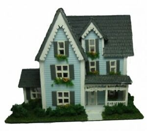 Miniature Dollhouse 1:144 Scale Victorian House Kit Complete