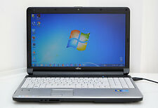 "Notebook Fujitsu 15,6"" LED, Core i5 / 4Gb DDR3 / 320Gb, HDMI / WIFI / WEBCAM"