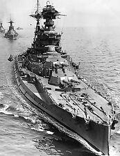 ROYAL NAVY QUEEN ELIZABETH CLASS BATTLESHIP HMS BARHAM LEADS WARSPITE & VALIANT