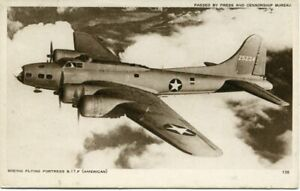 BOEING B-17F FLYING FORTRESS - OLD POSTCARD