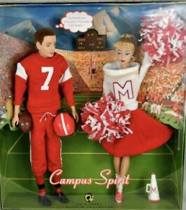 Barbie and Ken Campus Spirit Reproduction Giftset Gold Label 2008 NRFB