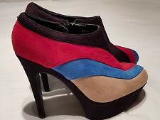 BELLE WOMAN  BLACK STILETTO  BOOT SHOES WITH  COLOUR STRIPES ON THE SIDE SZ 6.5