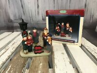 Lemax Village Porcelin Carolling with Violinist Collection Holiday Decoration