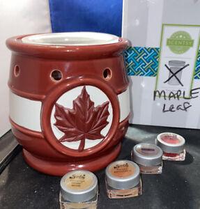 Scentsy Maple Leaf 🍁 Fall  Wax Warmer ~ FREE WAX ! DBrown Harvest Canada Demo
