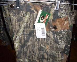 NWT Boys MOSSY OAK BREAK UP 4 Pocket Camo Shorts Sizes 4-18 Regular