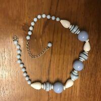 Collier femme de perles ❤️ en bois bleues et blanches style bohème