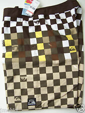 """QUIKSILVER 'CHECK ME OUT"""" BOARDSHORTS SIZE 36"""