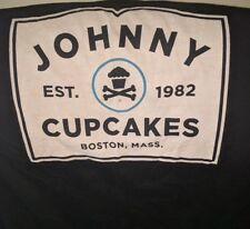 USED Johnny Cupcakes Boston Massachusetts Town Sign T Shirt Black Mens M Medium