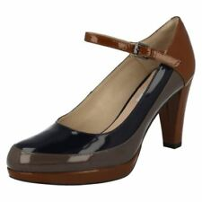 Composition Leather Standard Width (D) Slim Heels for Women