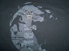 NHL Reebok Toronto Maple Leaf Canadian Hockey Team Grey Graphic Print T Shirt L