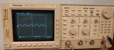 Tektronix TDS520B 500MHZ BW 1GS/S Ddigital scope with option 1F 1M