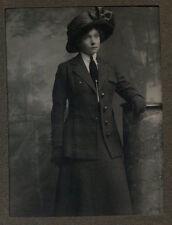 Sets 1900s Collectable Antique Photographs (Pre-1940)