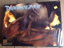 Pegasus DRAGONSLAYER Vermithrax Dragon 1:32 scale plastic model kit # 9021 New