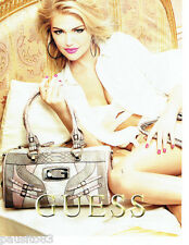 PUBLICITE ADVERTISING 056  2011  le sac collection Guess maroquinerie