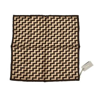 NWT $170 TOM FORD Men's Brown Beige Zigzag 100% Silk Pocket Square AUTHENTIC