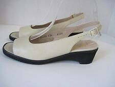 Salvatore Ferragamo Cream Colored Pebbled Leather Slingbacks Heels Size 6.5 AA,