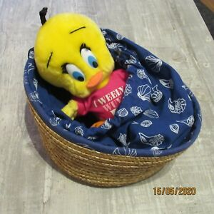 Vintage Tweety Pie In Basket Which changes into bag  1989