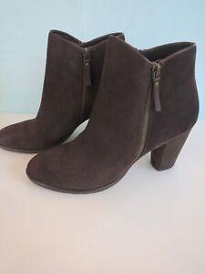 Nice!!COLE HAAN Women's Bootie ANKLE BOOTS Brown Berkshire Suede 8 B Side Zipper