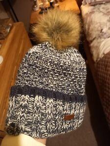 Bart Pom Hat . Faux fur. Fleece lined. Navy