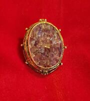 VINTAGE HOLLYWOOD GOLD PLATED 60/70'S AMETHYST CHIP BROOCH PIN