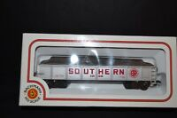 BACHMANN HO SCALE SOUTHERN TRAIN CAR -NIB