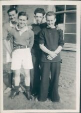 Photo Royal Navy Servicemen Football team 1950 p2