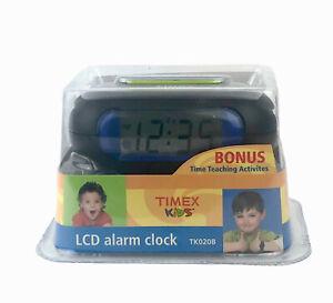 Vintage TIMEX Kids LCD Digital Alarm Clock TK020B with Snooze Night Light NEW