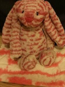 Jellycat Medium Bashful Red Fleck Bunny Nwot