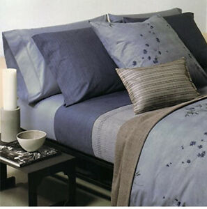 2x Calvin Klein Home 65 X 65 CM Blue Bamboo Rhythmic Stripe Pillow Cushion Case