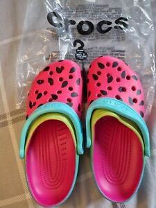'Melon' womens crocs size 5