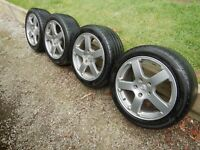 "Genuine Factory - Holden Commodore VZ , SV6 Mag wheels 17 "" and Tyres x 4"