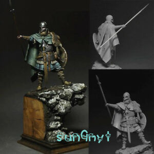1/24 Unpainted Viking Soldier Warrior Figure Model Kits Resin GK Unassembled