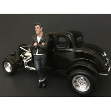50's STYLE FIGURE I FOR 1:24 SCALE MODELS BY AMERICAN DIORAMA 38251