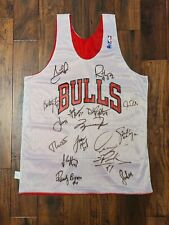 Chicago Bulls Tean Autographed Signed NBA Jersey
