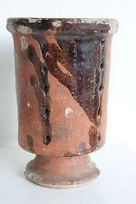 Rare ancien Moule à faisselle en terre vernissée sur pied douche art populaire