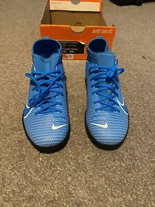 Nike JR Superfly 7 Club TF Astro Boots. New Size 3.