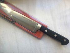 Couteau de cuisine à découpé (fabrication Française) gamme professionelle.
