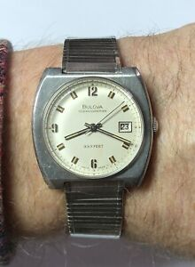 Vintage 1970 Bulova Oceanographer 333 Feet Stainless Watch Runs Original JB Band