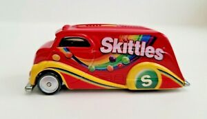 Hot Wheels 2013 Pop Culture Mars Candy  Skittles  Deco Delivery  Red