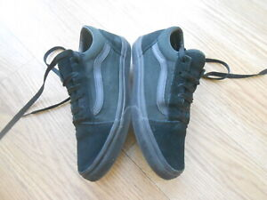 VANS OFF THE WALL TRAINERS SIZE UK 5