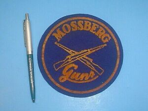 LARGE VINTAGE MOSSBERG GUNS JACKET BACK FELT PATCH