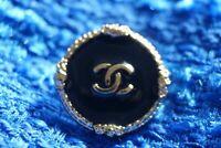 Chanel button 1 pieces  size 0,8 inch 20 mm logo CC black & gold metal 💗💗💗l